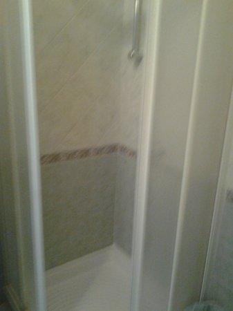 Hotel Delle Nazioni: doccia