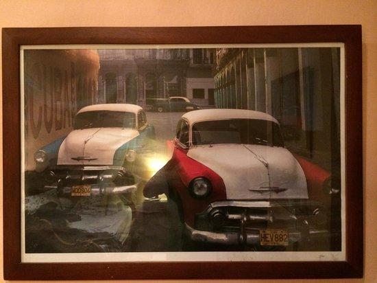 La Casa del Farol Hotel Boutique: Carros