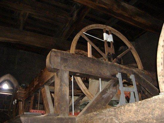 Bath Abbey: Bell frame
