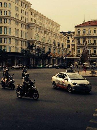 Caravelle Saigon : Hotel Street
