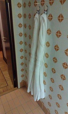 Hotel Metropol Moscow: Хорошие халаты