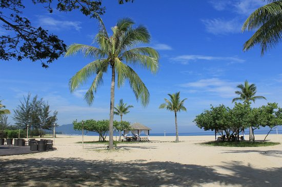 Shangri-La's Rasa Ria Resort & Spa: spiaggia