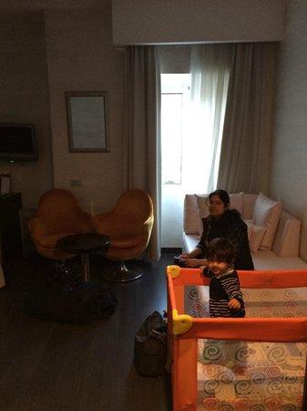 Astoria Boutique Hotel : Room