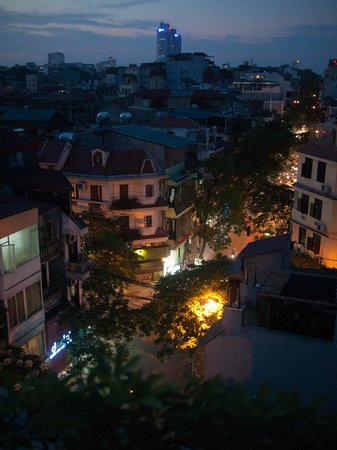 Hanoi Art Boutique Hotel: view from balcony