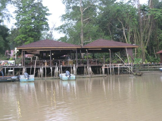 Abai Jungle Lodge: l'attracco