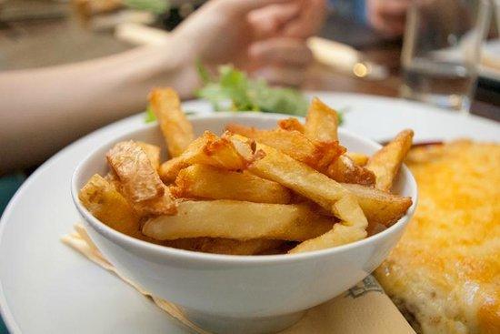 The Masham Public House: Signature chips.