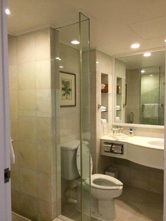 Holiday Inn Resort Penang : Bathroom