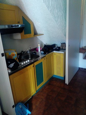 Sporting Club: Kitchenette