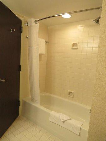 Philadelphia Marriott Downtown : Shower