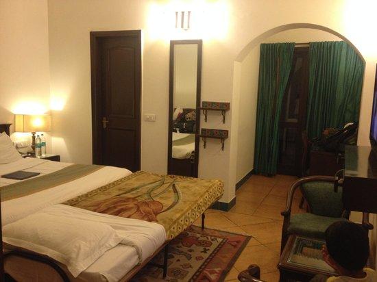 Home@F37 : room 1