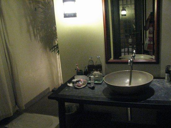 Anantara Lawana Koh Samui Resort: Bathroom