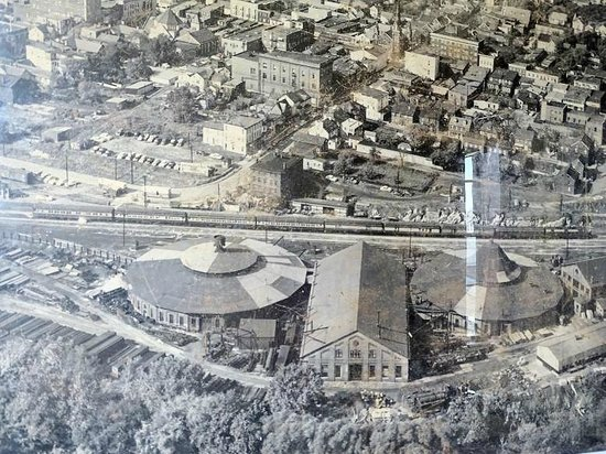 B & O Roundhouse: the way it used to look