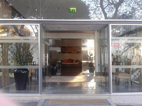 Hotel Gorgulho: entrance