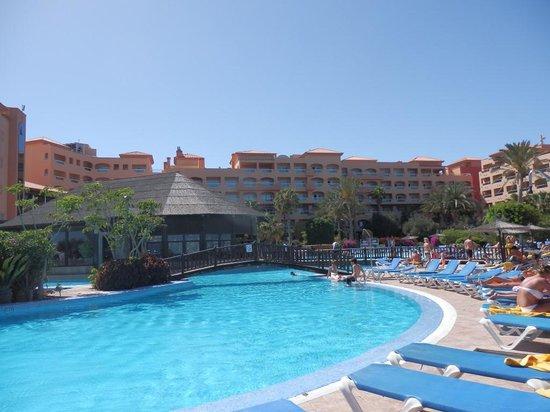 Hotel Elba Sara: pool