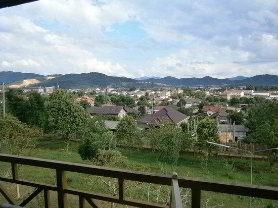 Vansana Plain Of Jars Hotel : View from balcony