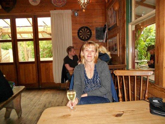 Mussel Inn, Onekaka, Golden Bay