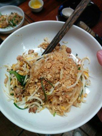 A lot of Thai : Home cooking class: Pad thai