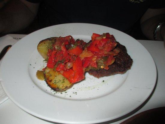 Hotel Peralta: Filete ruso con verduras espectacular!