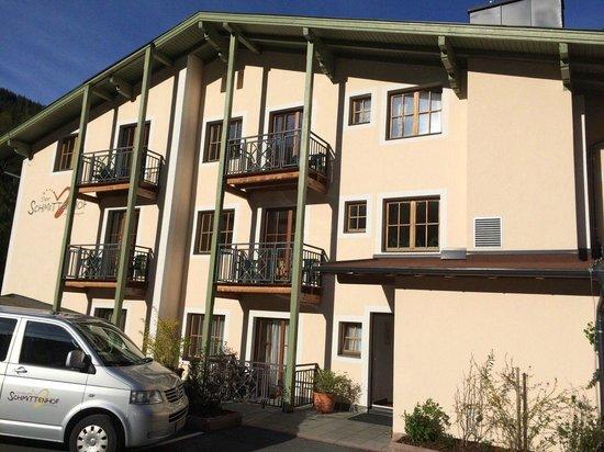 Schmittenhof: Hotel back side