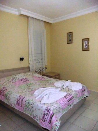 California Apart Hotel : Our room