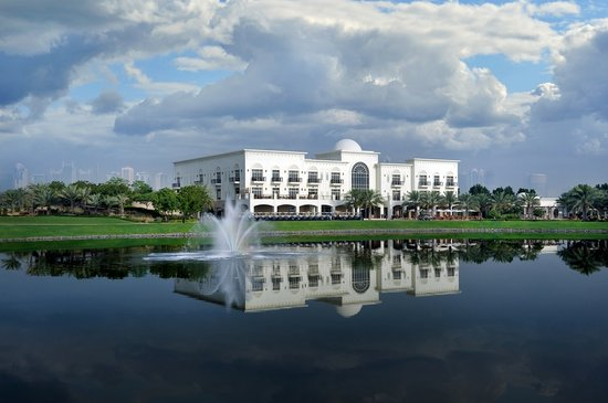 Address Montgomerie: Clubhouse