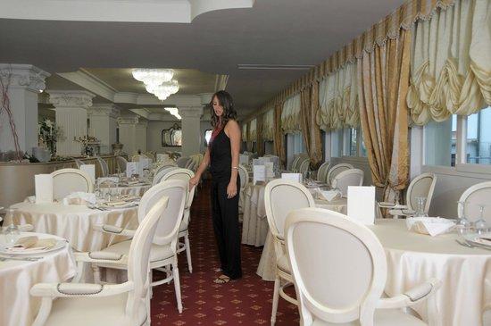 Bagno Conchiglia Cervia : Hotel conchiglia cervia vacanza urlaub bild von hotel conchiglia