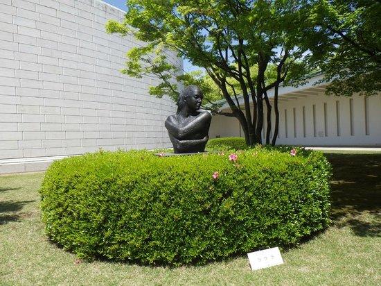 Hiroshima Museum of Art : ひろしま美術館_「ラウラ」-エミリオ・グレコ