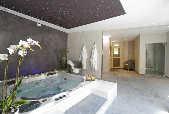 Jacuzzi du lutetia spa photo de hotel lutetia la - Office du tourisme la baule escoublac ...