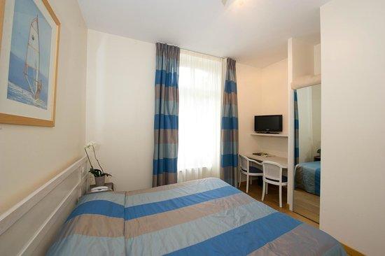 Hotel Lutetia : chambre détente dans villa
