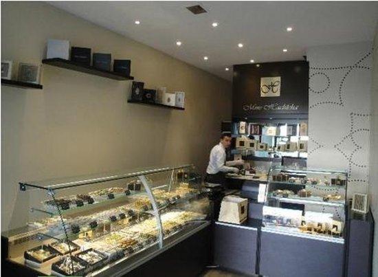 Une toute petite patisserie pour de petits gâteaux orientaux d\u0027exception ,  Avis de voyageurs sur Pâtisserie Hachicha, Villeurbanne , TripAdvisor