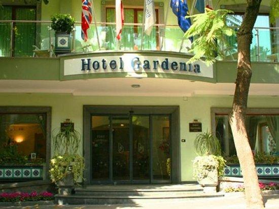 Comfort Hotel Gardenia Sorrento Coast: Hotel Entrance