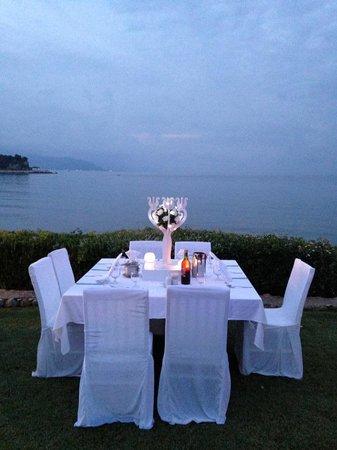 Club Med Kemer: Soirée blanche