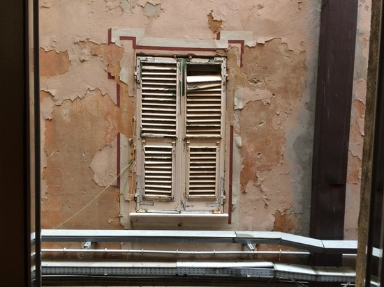 Varazze, Italy: Vue de la fenêtre de la chambre