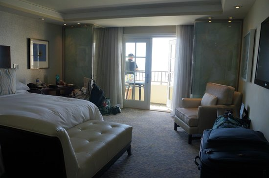 The Ritz-Carlton, Laguna Niguel: Room from the entry hall