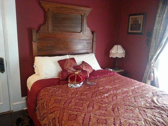 Bernadine's Stillman Inn: Our room!