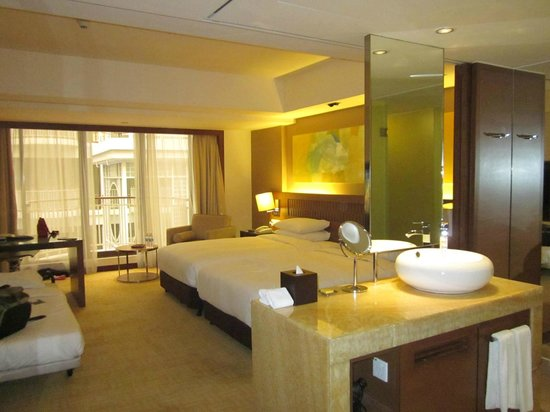 Hyatt Regency Kinabalu : Open plan living