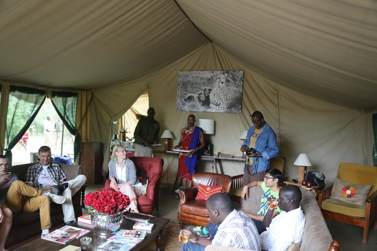 Nairobi Tented Camp : Friendly reception at NTC