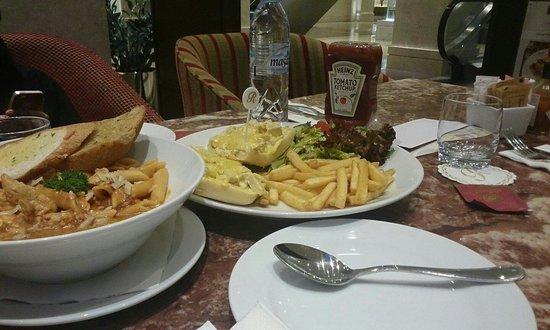 Richoux Cafe: Richoux...<3
