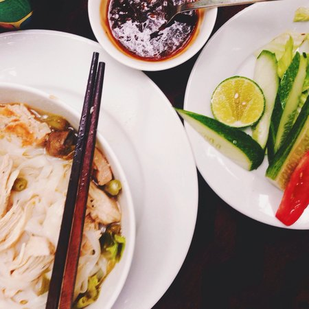 13 Cafe-Bar: generous serving of chicken pho