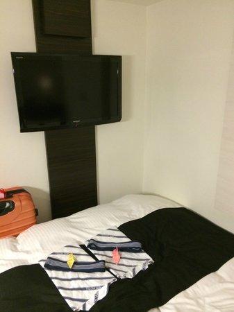 APA Hotel Asakusa Kuramae : TV