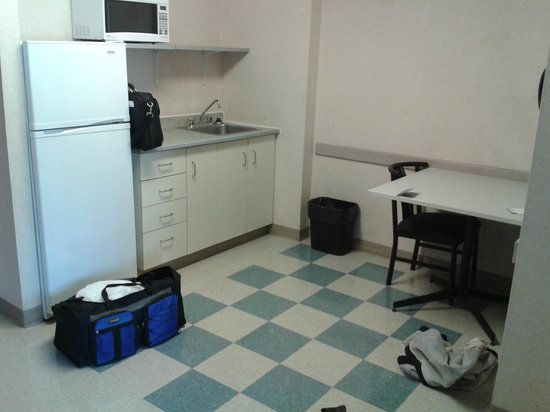 Residence & Conference Centre - Kitchener-Waterloo: Kitchenette. Comes with plenty of cupboard space, and appliances