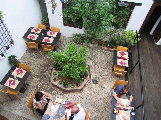 Casa Mazal - Juderia : Interior courtyard