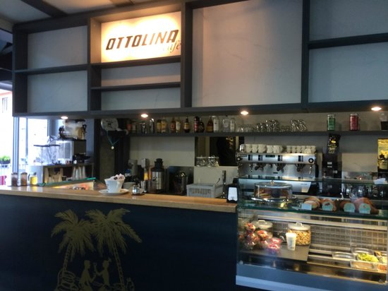 Ottolina Café: Banco Bar