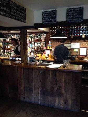 The Rowbarge: The bar