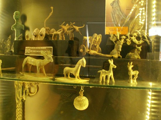 Medusa Cam Eserler Muzesi: Ancient items