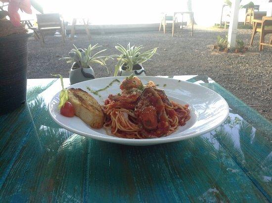 Think & Retro Cafe' Lipa Noi Samui: THINK Pasta