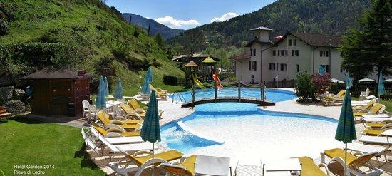 Hotel Garden: giardino e piscina