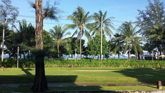 Katathani Phuket Beach Resort : View from the Cinnamon restaurant