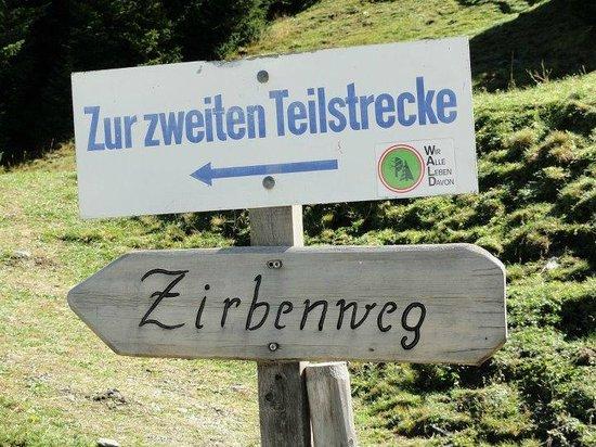 Tulfes, Austria: Der Zierbenweg - Von der Halsmarter zum Patscherkofel