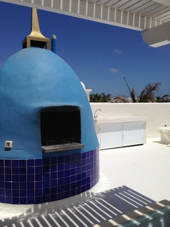 Bahiazul Villas & Club: the BBQ on the roof terrace
